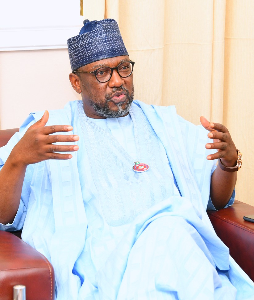 GOVERNOR SANI BELLO FELICITATES WITH CHRISTIANS @ CHRISTMAS AMID COVID-19 WAVE,