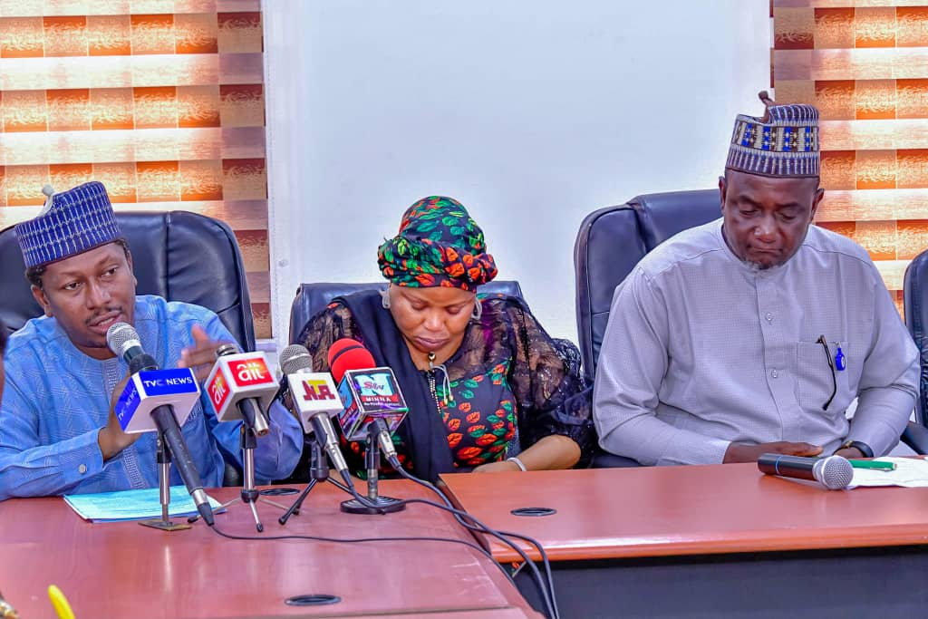 JAIZ BANK ACQUIRES THREE HECTARES OF LAND AT THE MINNA CITY CENTER FROM NIGER STATE